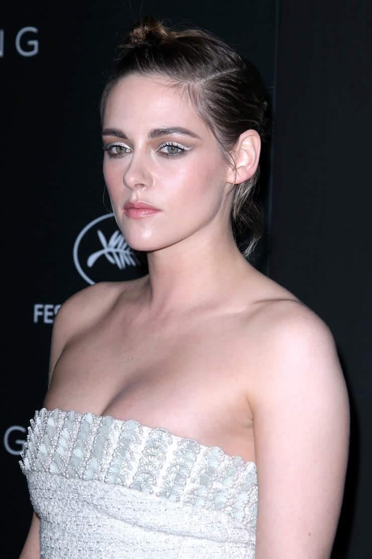 Kristen Stewart hot (1)