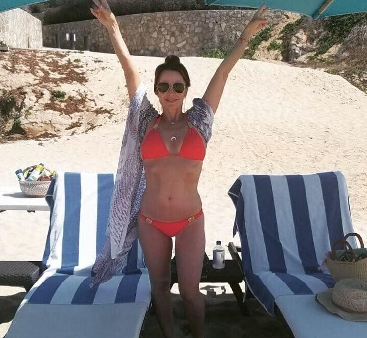 Kyle Richards bikini pictures