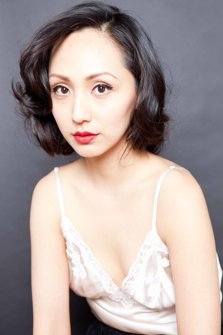 Linda Park sexy cleavage (1)