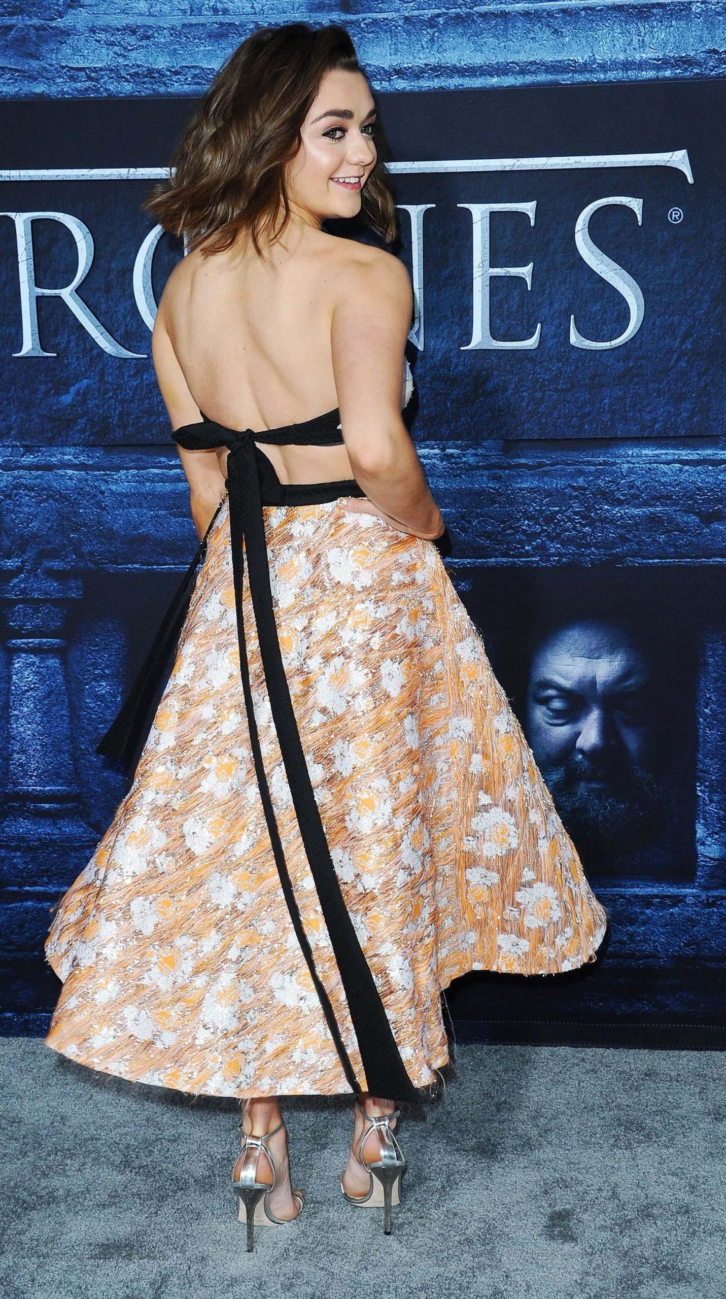 Maisie Williams butt (2)