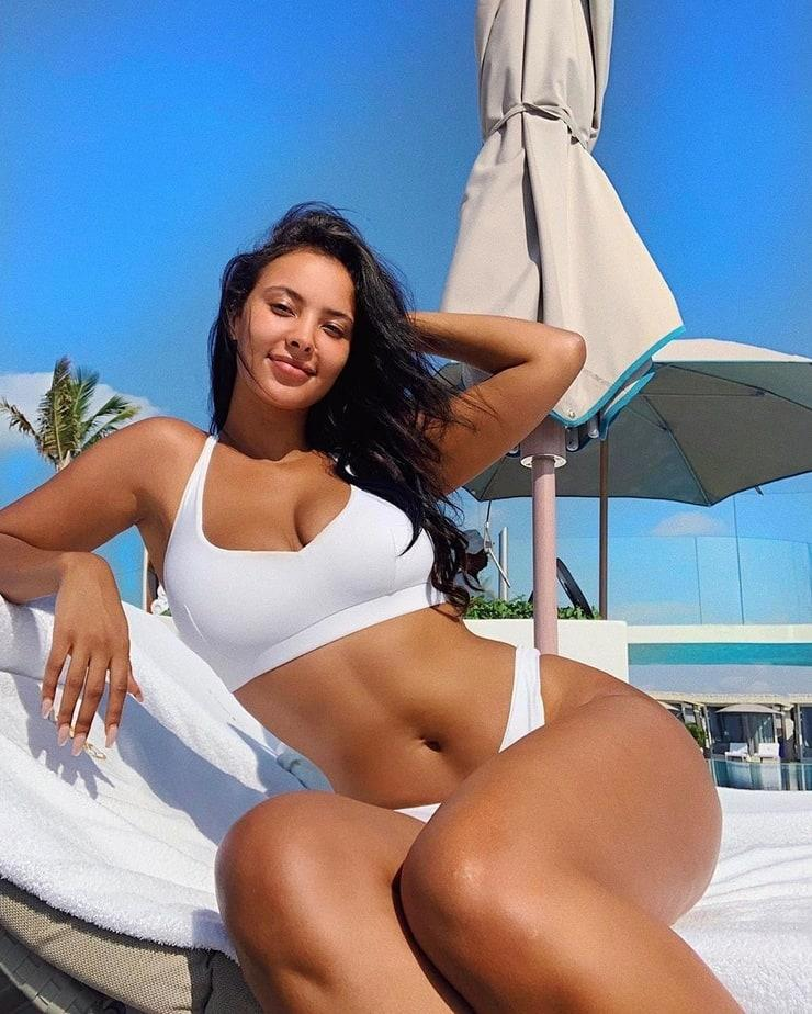 Maya Jama big boobs (1)
