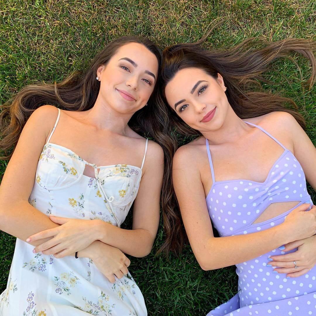 Merrell Twins beautifull (1)
