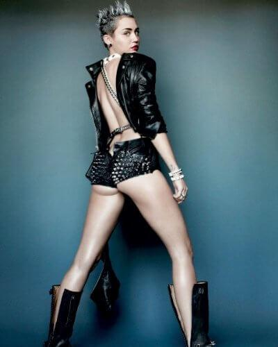 Miley Cyrus booty pics (2)