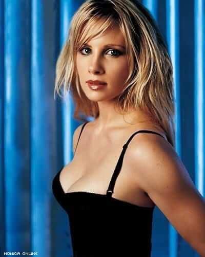 Monica Potter sexy (2)