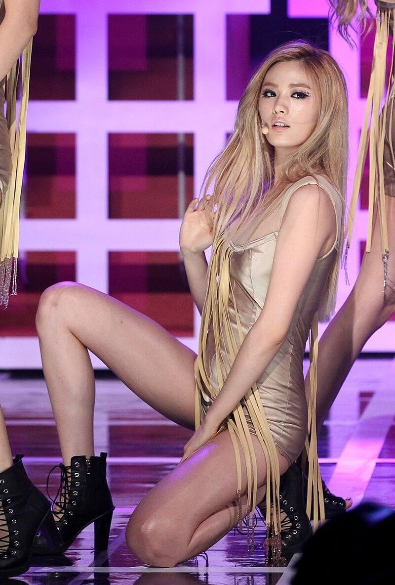 Nana K-Pop sexy look pics