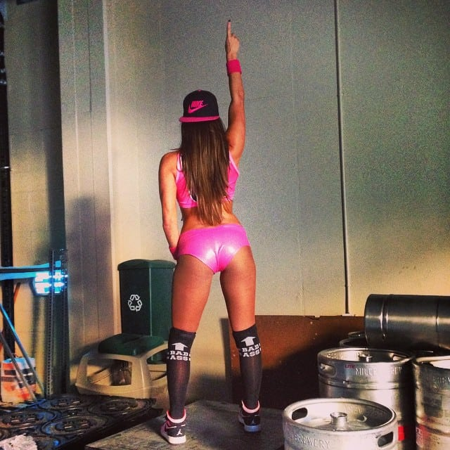 Nikki Bella butt (2)