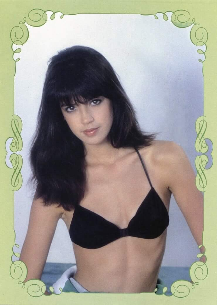 Phoebe Cates awesome pic (1)