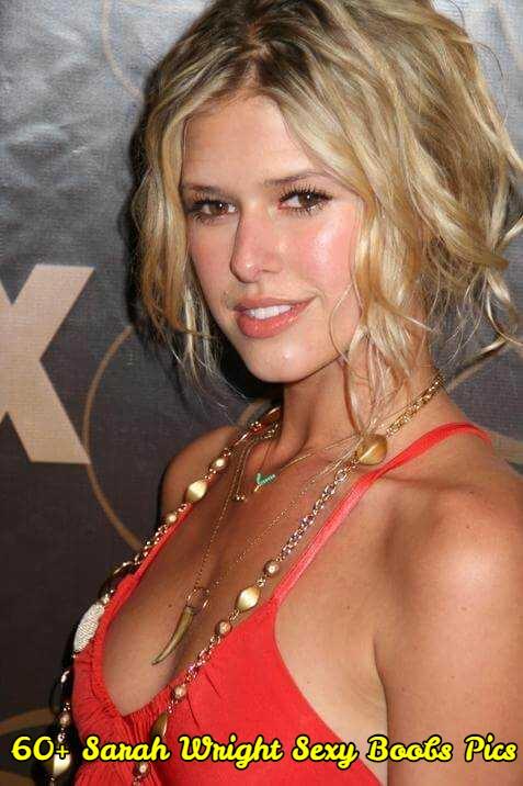Sarah Wright sexy boobs pics