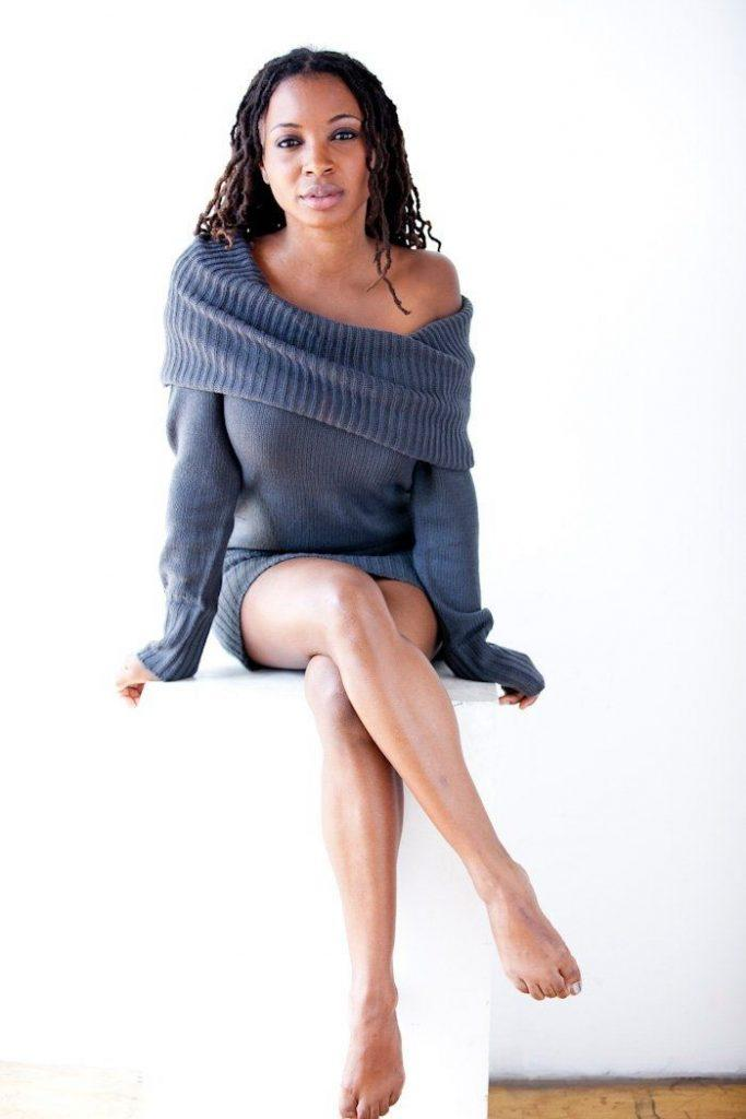 Shanola Hampton sexy (1)