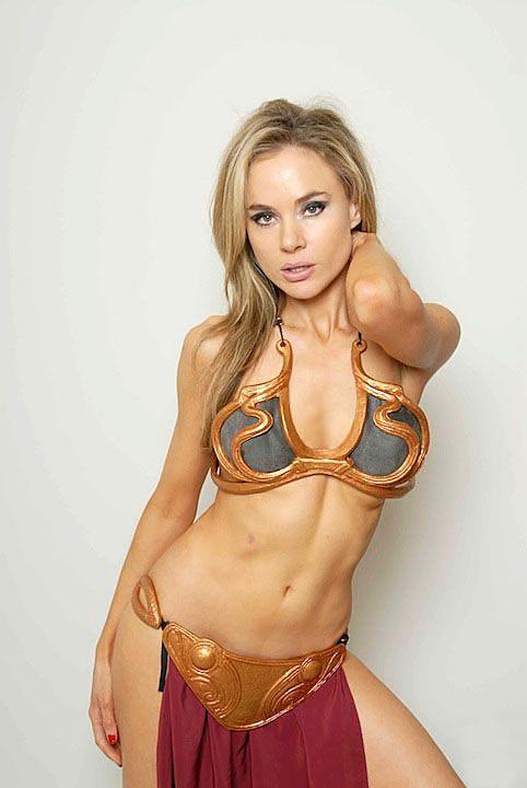 Slave Princess Leia tits pictures