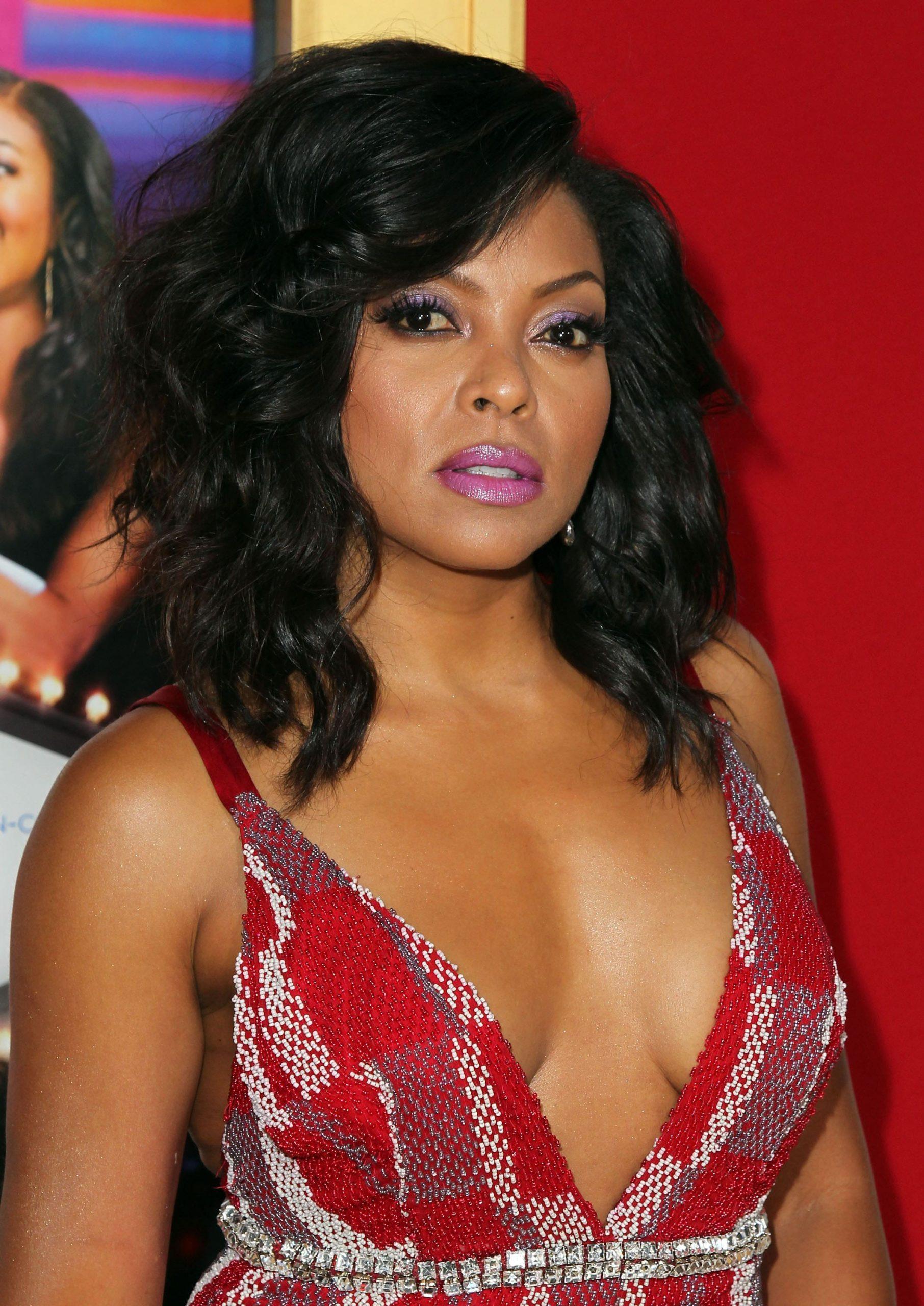 Taraji P. Henson hot side boobs pics