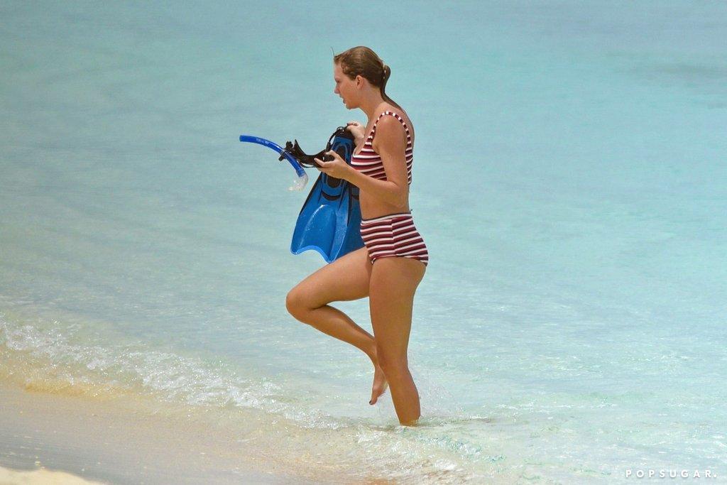 Taylor Swift sexy ass (1)