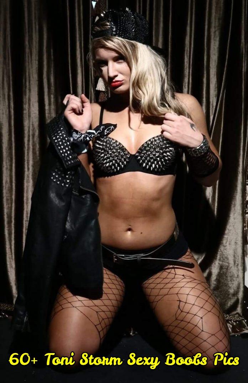 Toni Storm sexy boobs pics