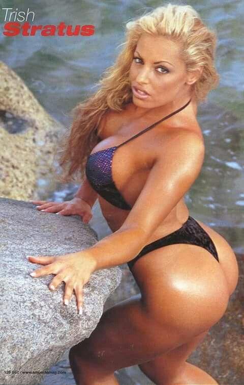 Trish Stratus hot ass (1)