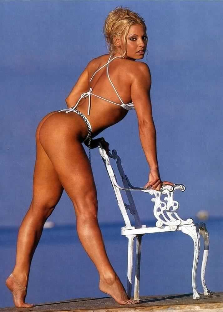 Trish Stratus sexy ass (1)