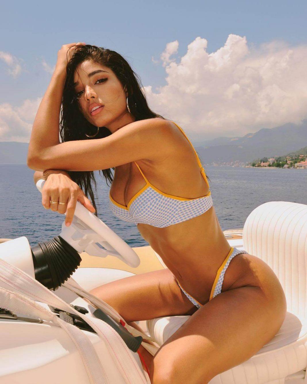 Yovanna Ventura hot pics
