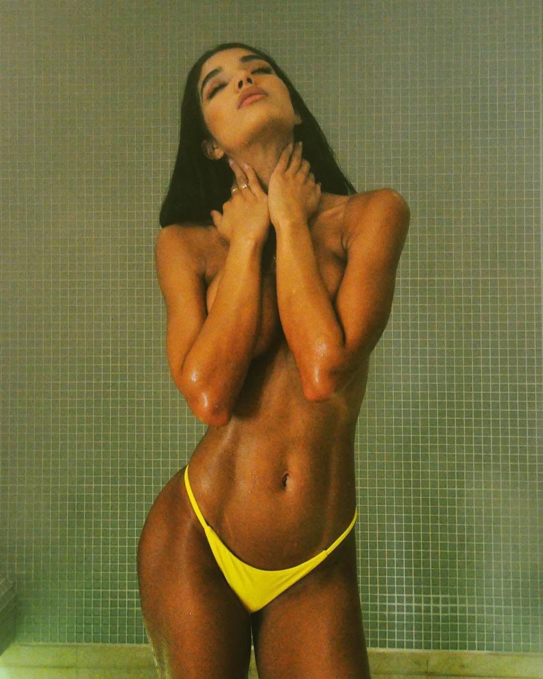 Yovanna Ventura topless pics