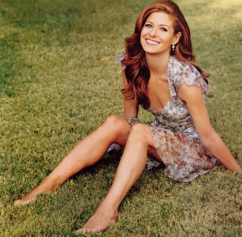 debra messing bare feet
