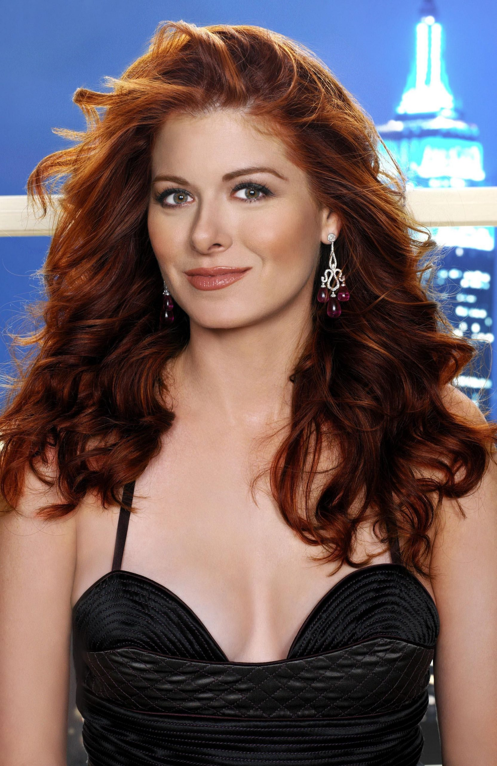 debra messing hot cleavage