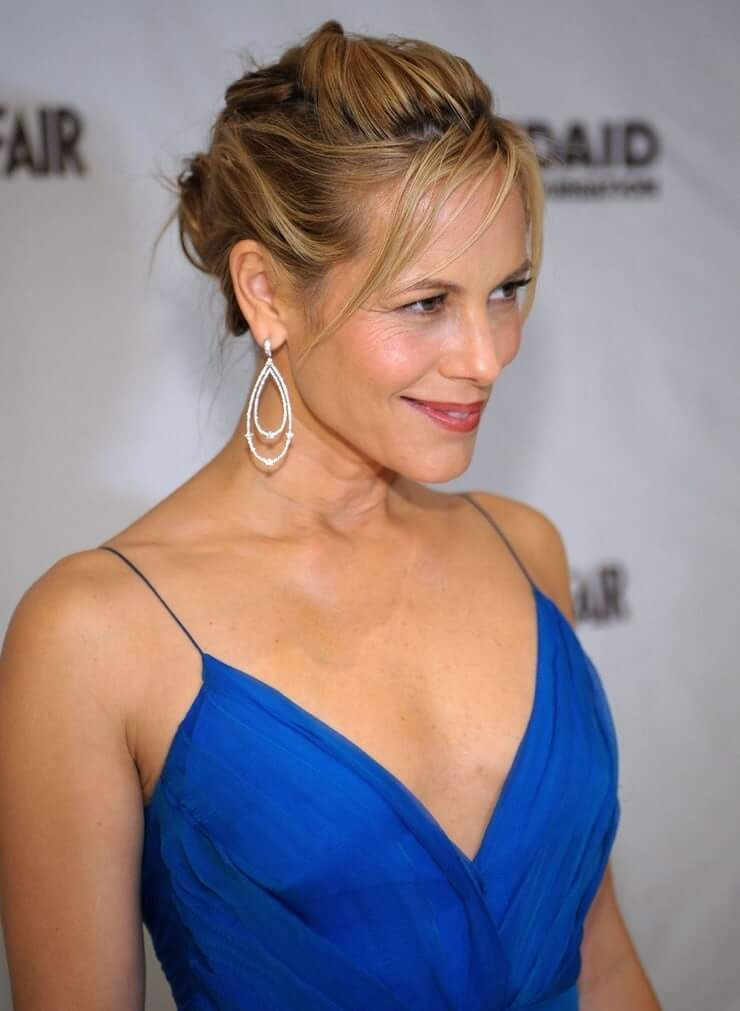 maria bello cleavage pic