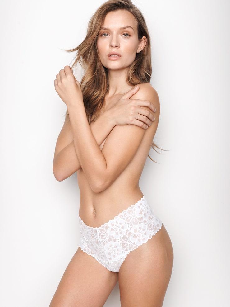 Josephine Skriver sexy pic