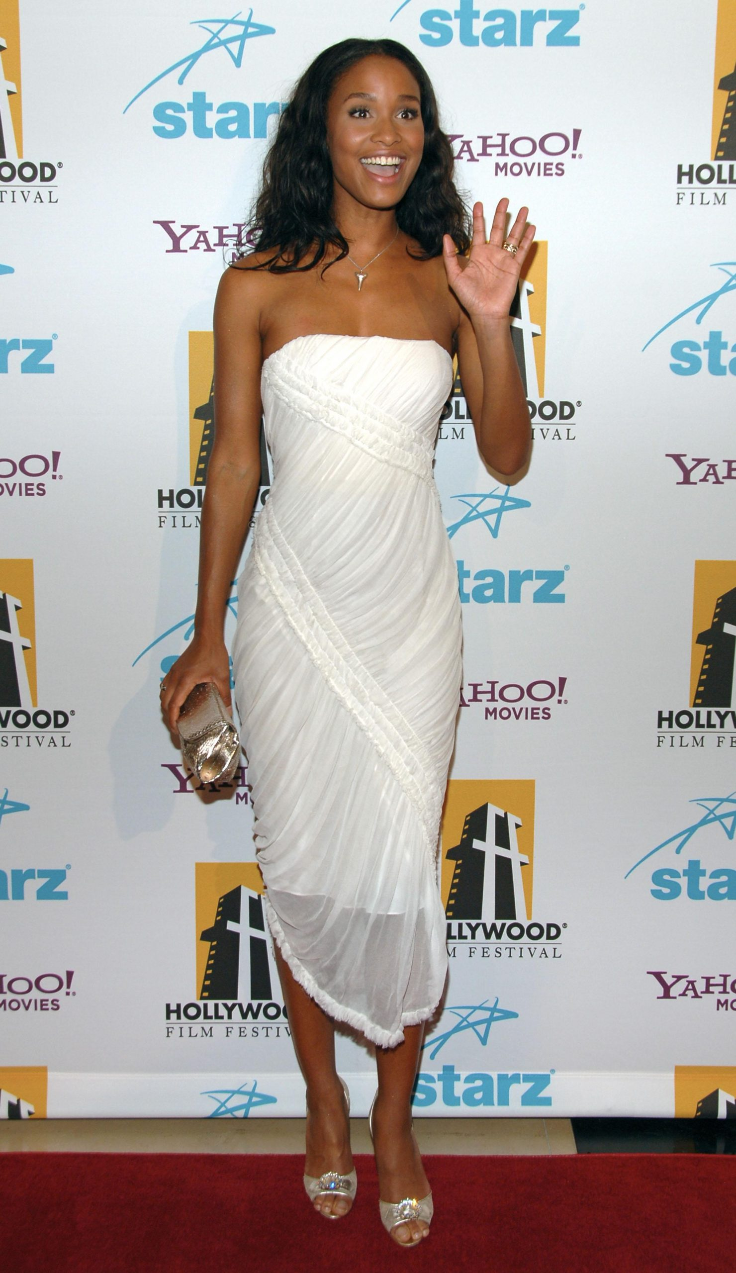 61 Hot Pictures Of Joy Bryant That Are Basically Flawless - GEEKS ON COFFEE
