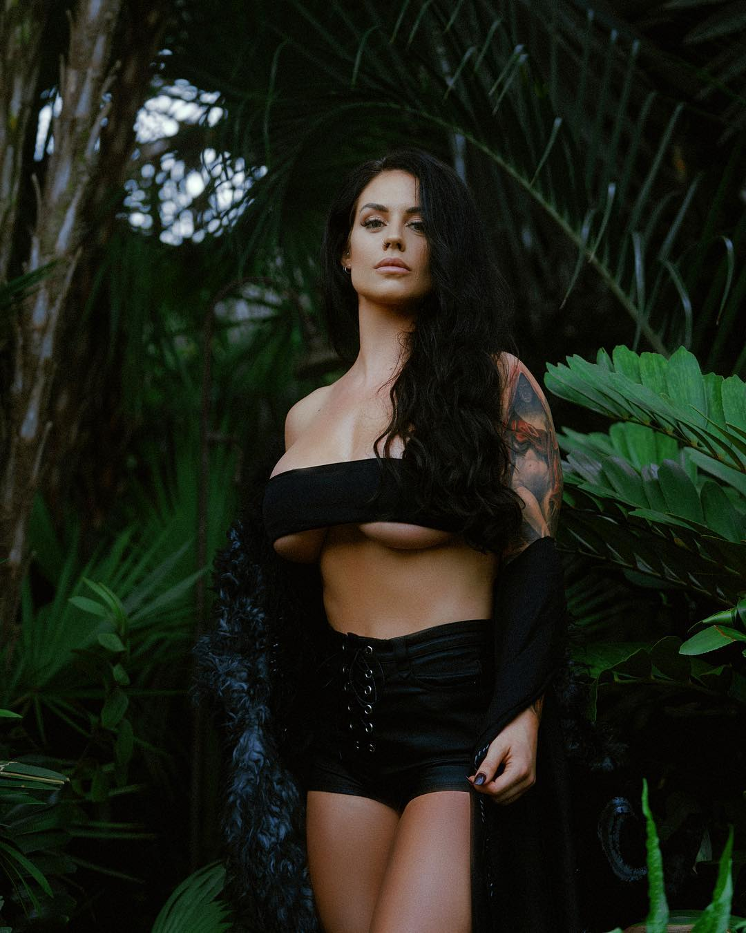 Kaitlyn sexy pic