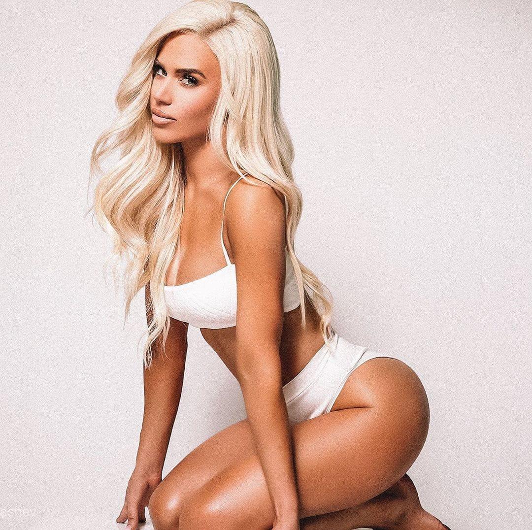 Lana sexy photo