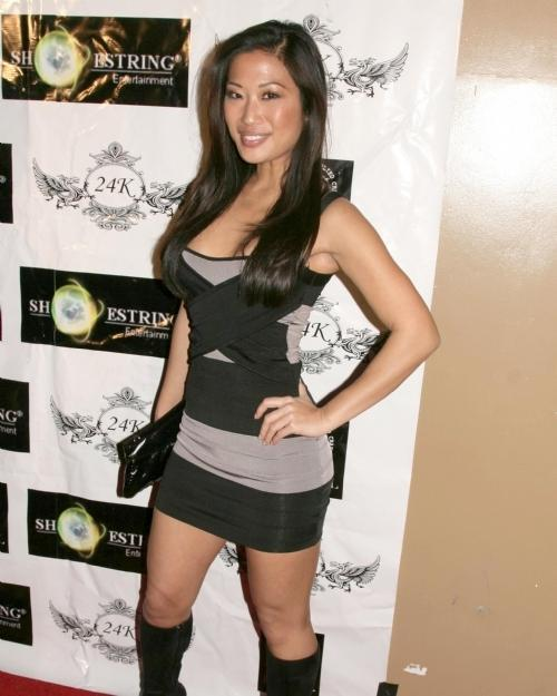 Lena Yada hot look