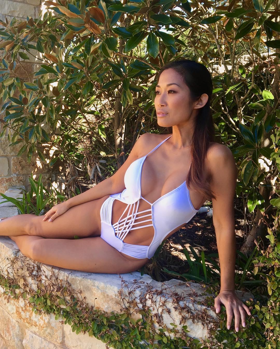 Lena Yada sexy pics