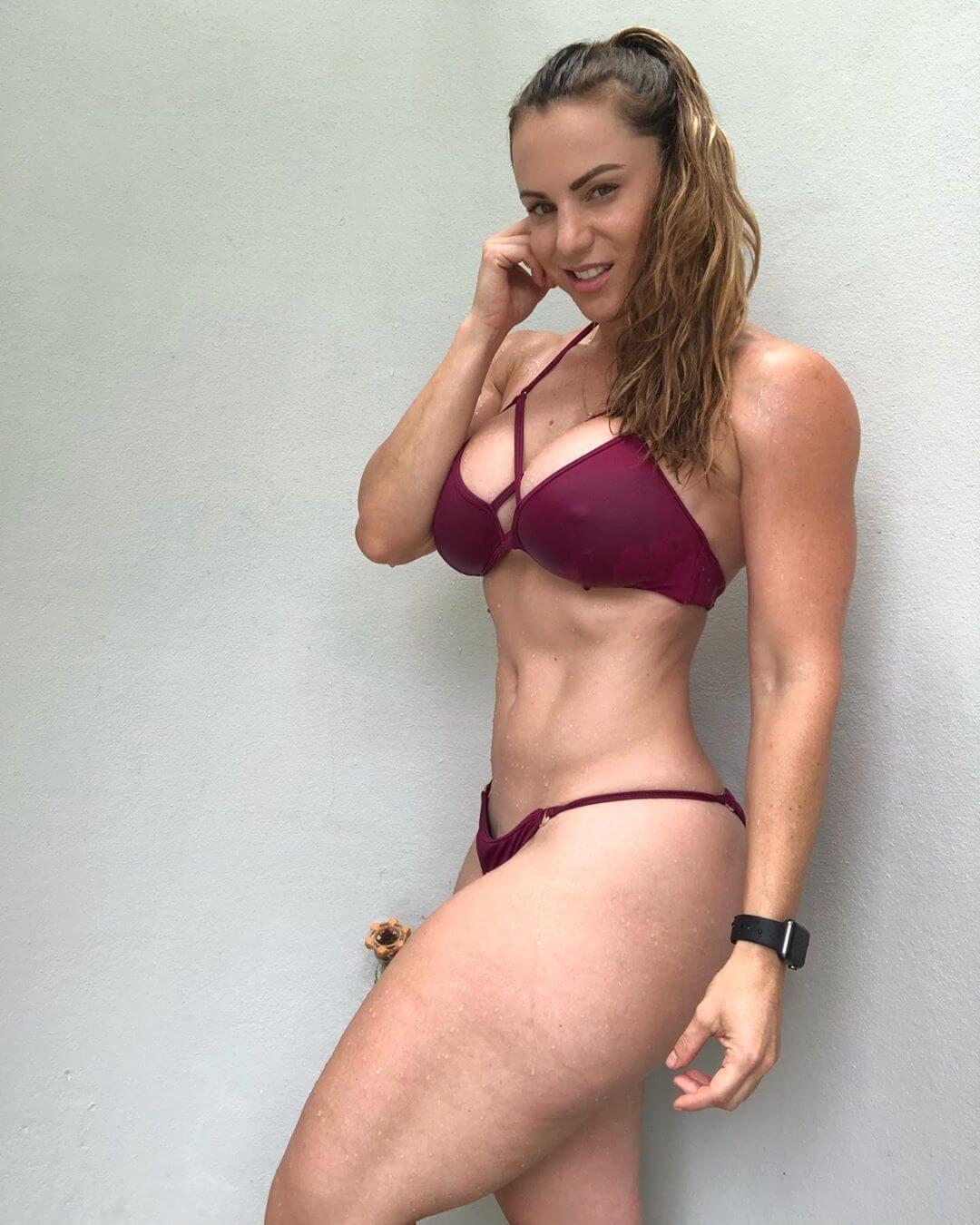 Linda Durbesson hot photo