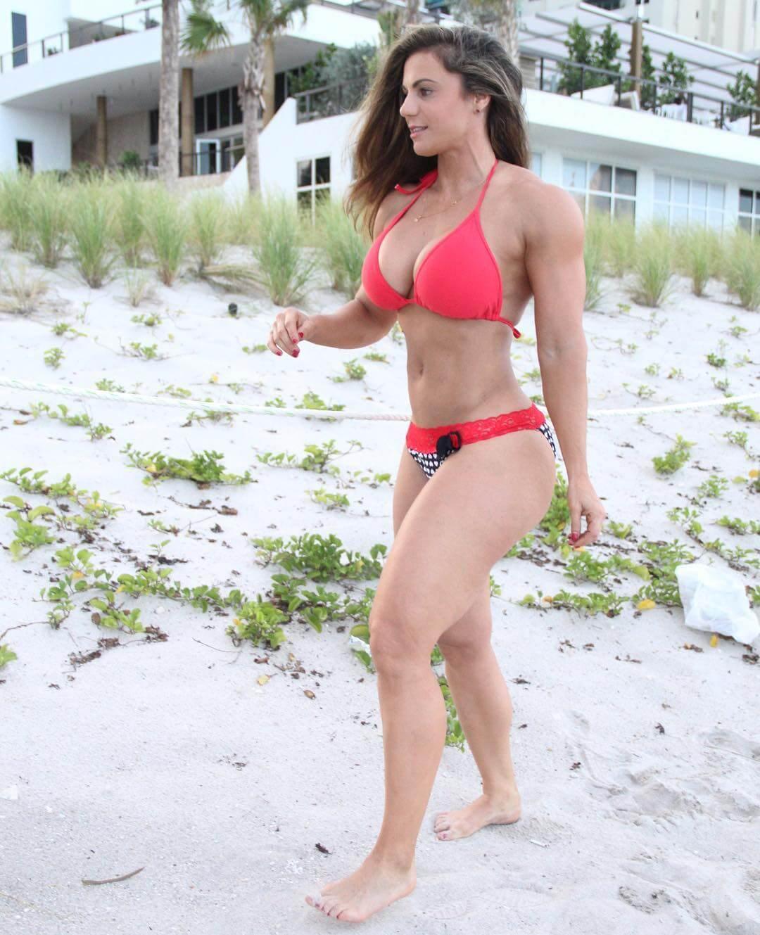 Linda Durbesson sexy pics