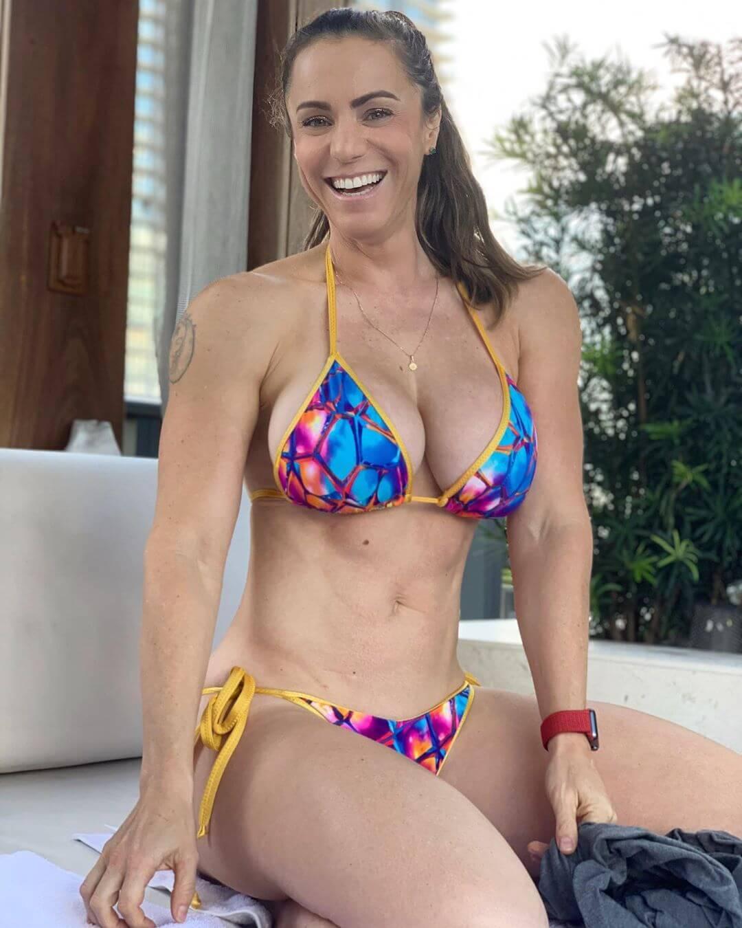 Linda Durbesson sexy