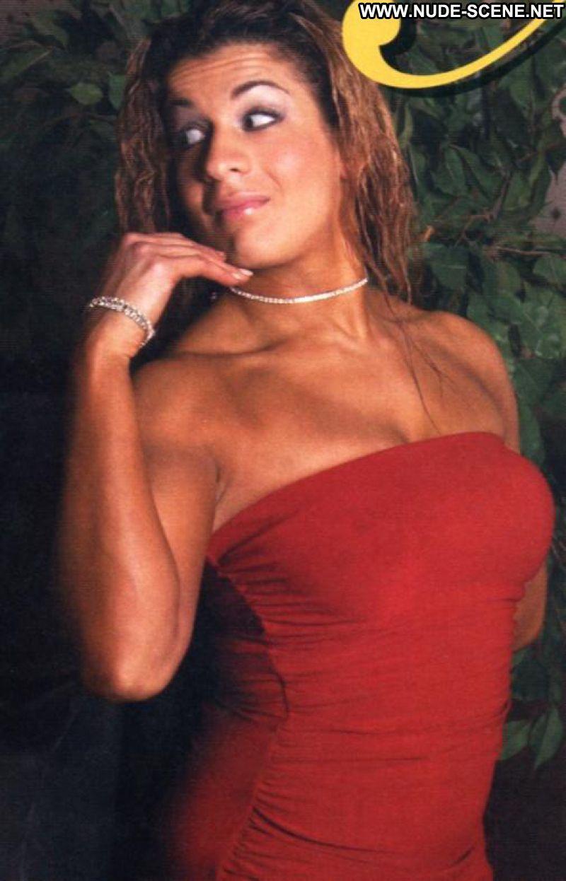 Nidia Guenard sexy photo