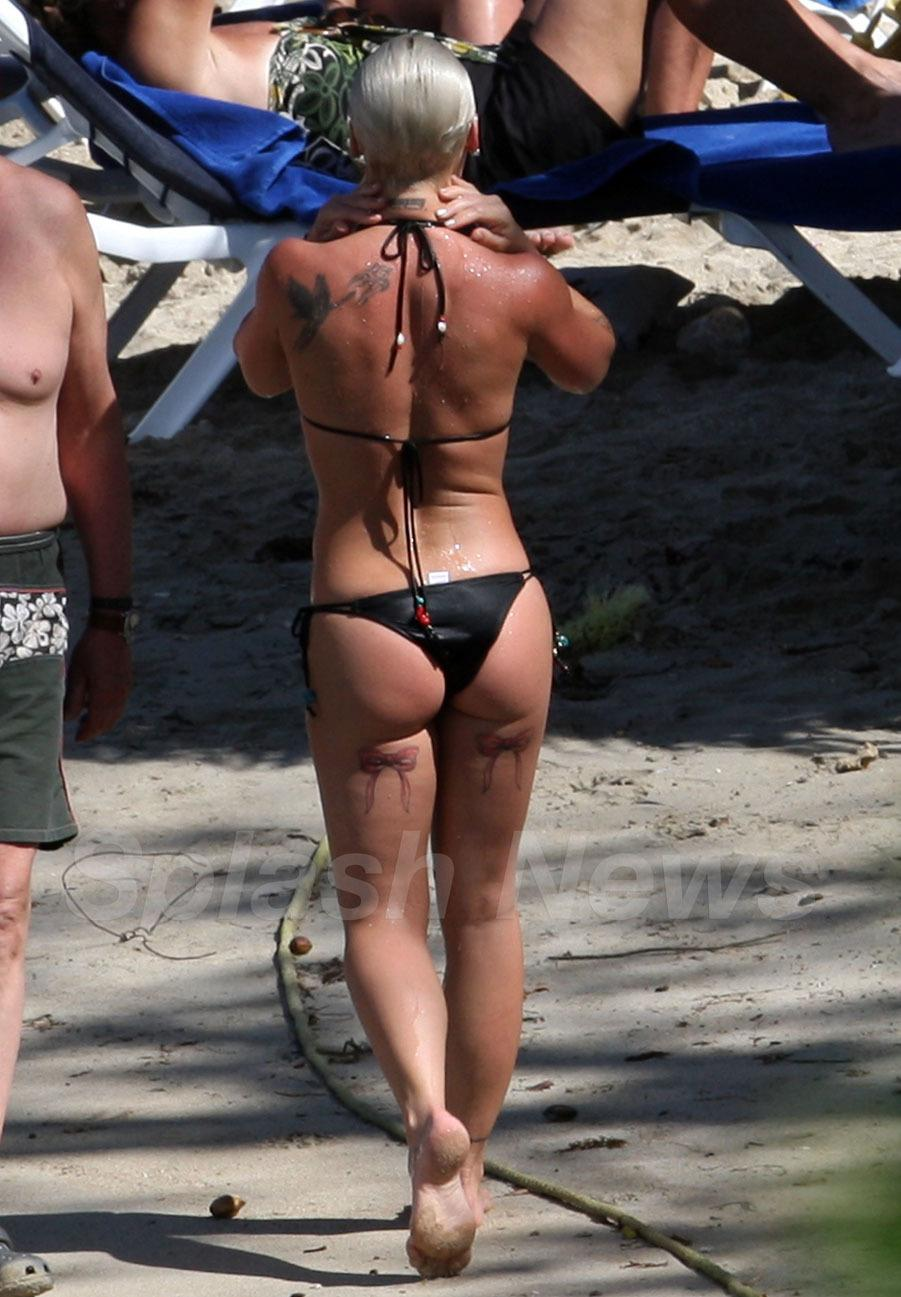 P!nk sexy butt pic