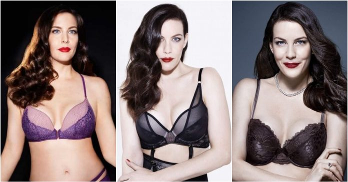 51 Sexiest Liv Tyler Boobs Pictures Will Make You Envy The Photographer