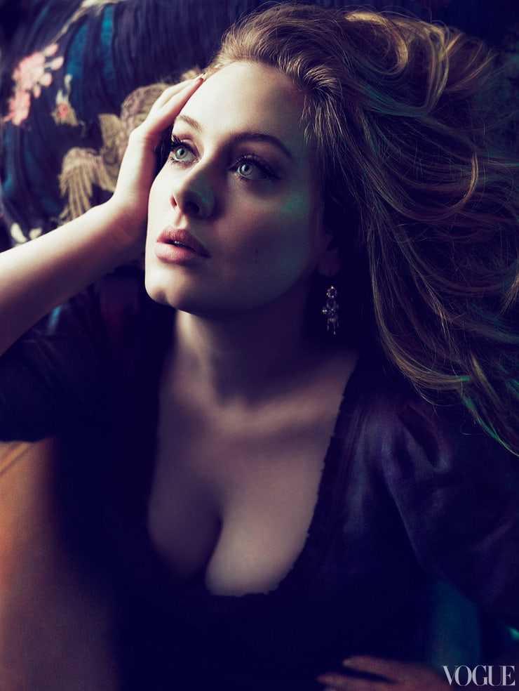 Adele tits pics