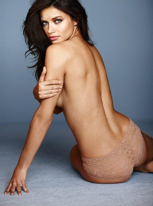 Adriana Lima near nude pics