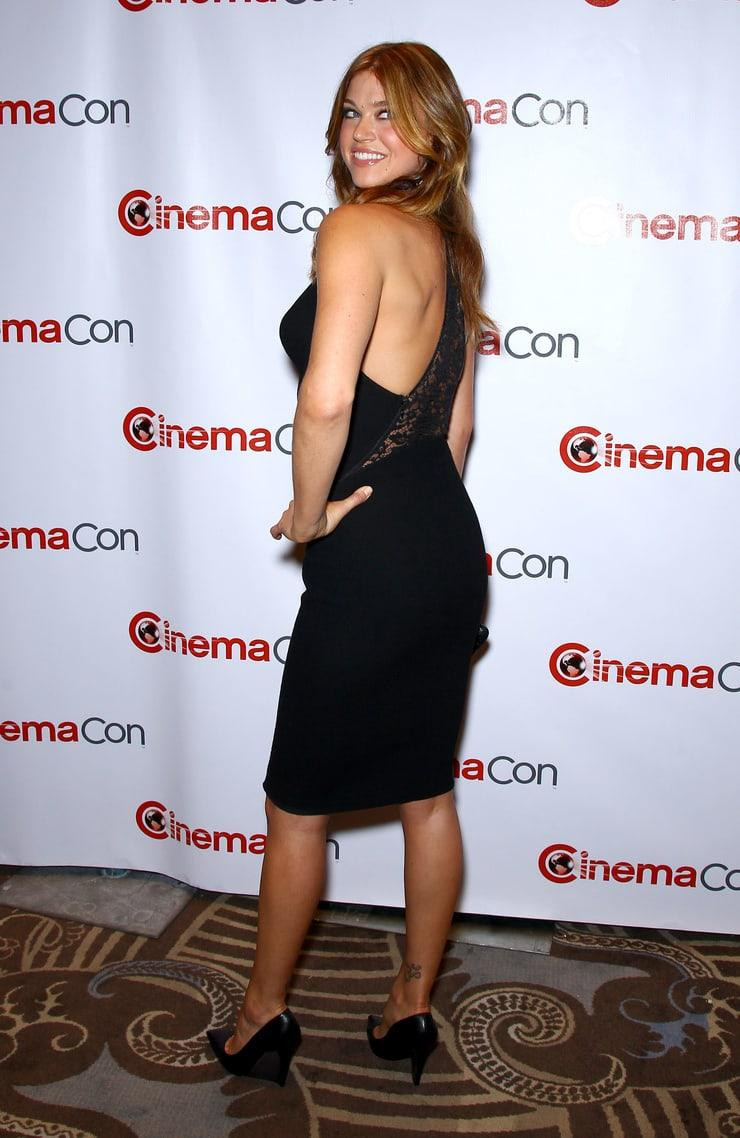 Adrianne Palicki big booty pic