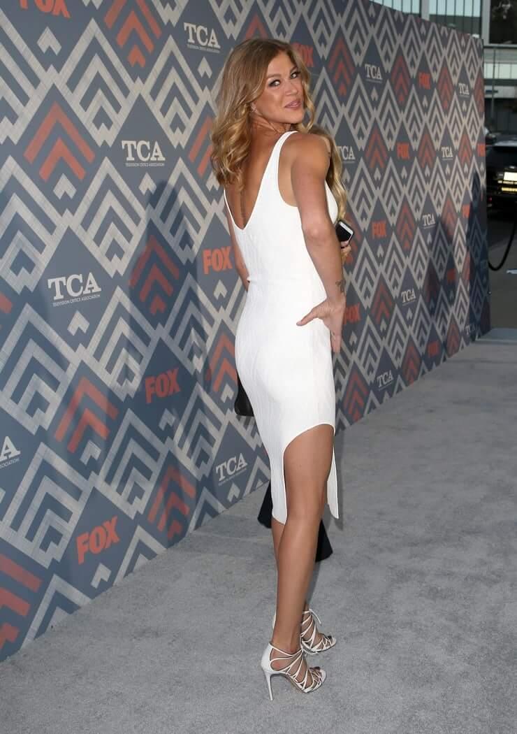 Adrianne Palicki sexy ass pics