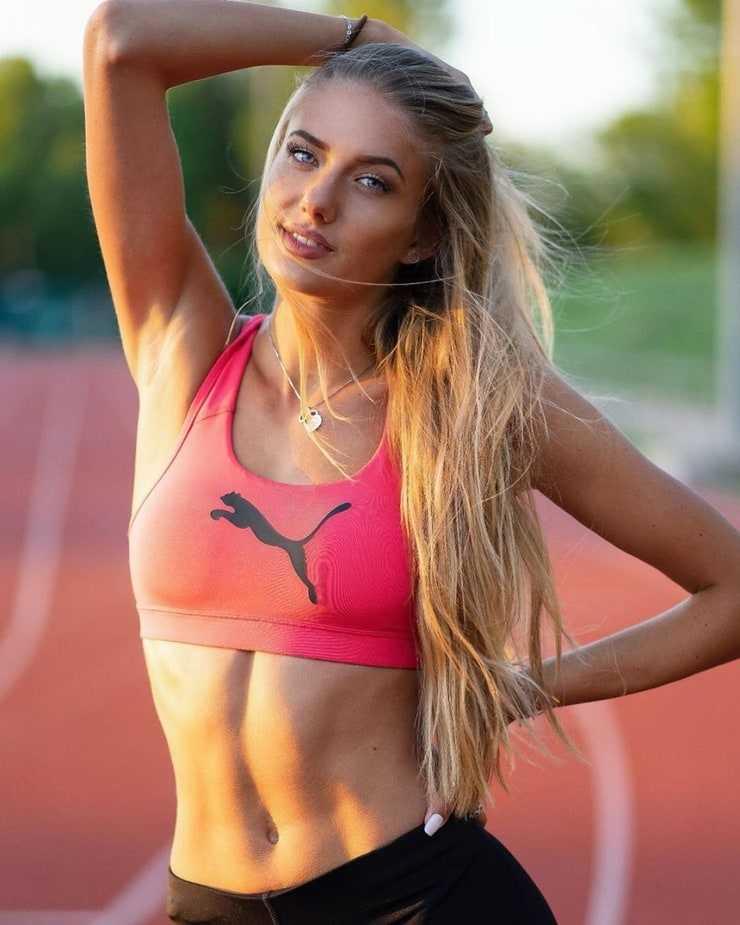 Alicia Schmidt hot pictures