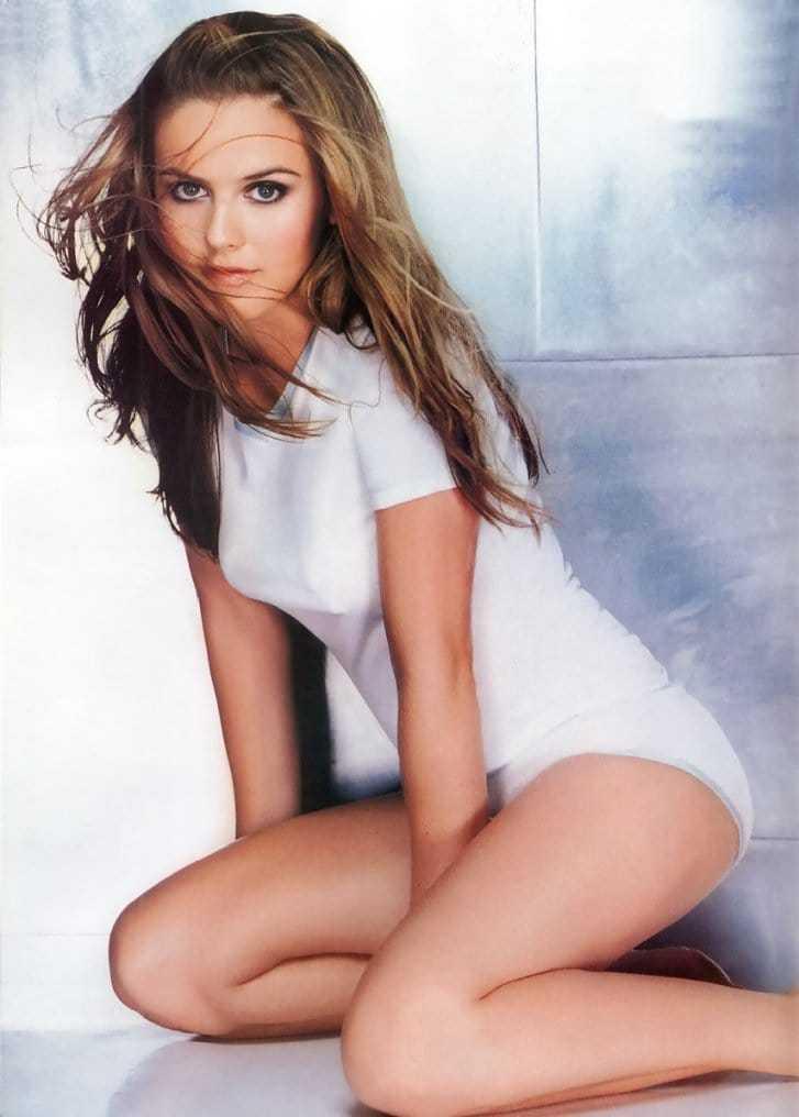 Alicia Silverstone sexy thigh pics