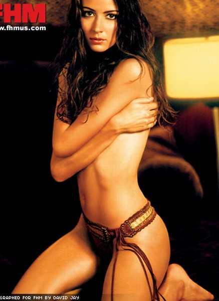 Amy Acker near nude pics