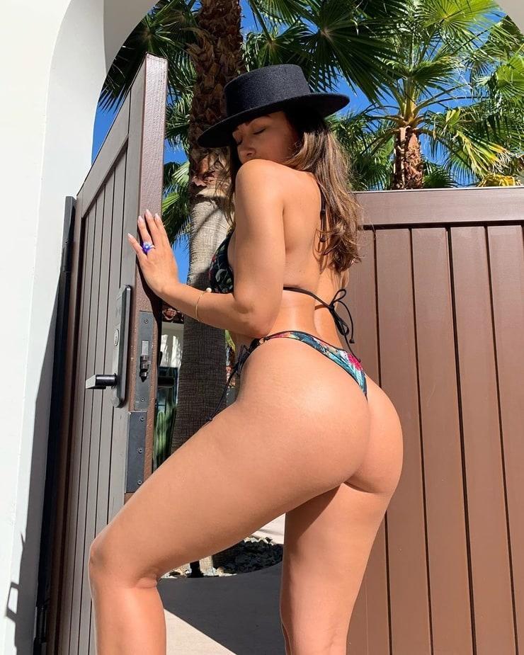 Ana Cheri sexy ass pics