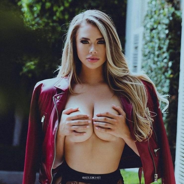 Antje Utgaard boobs pics