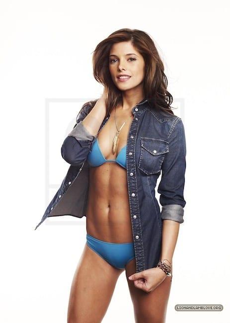 Ashley Greene hot bikini pictures