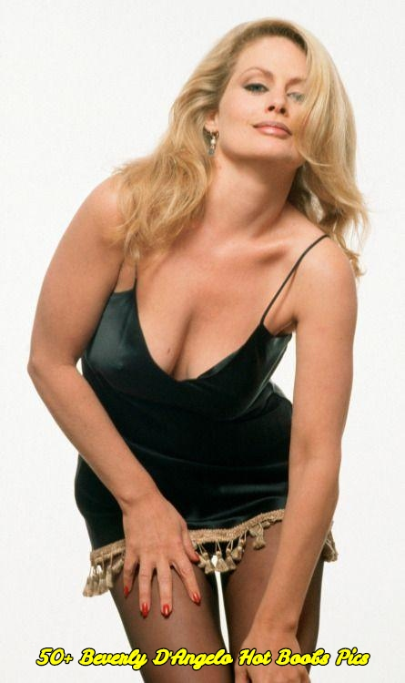Beverly D'Angelo hot boobs pics