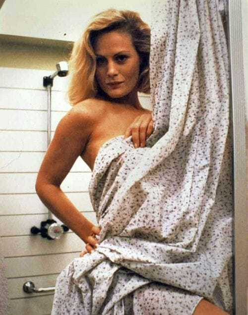Beverly D'Angelo topless pics