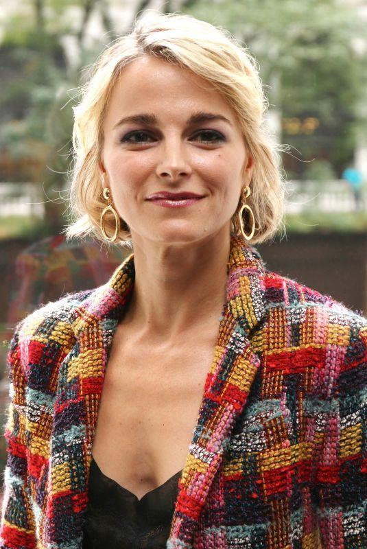 Bojana Novakovic amazing busty pics