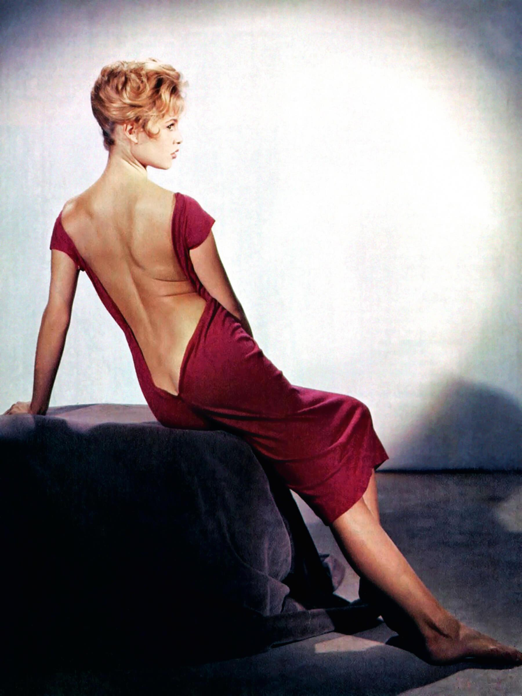 Brigitte Bardot amazing ass pic